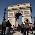 Tips for Local Businesses in France to attract Chinese Tourists